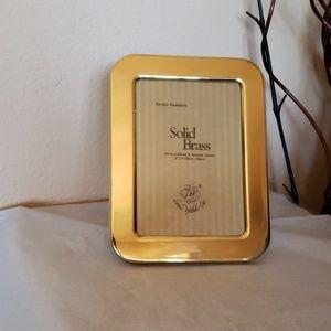 "Solid Brass Frame  5""x7"""